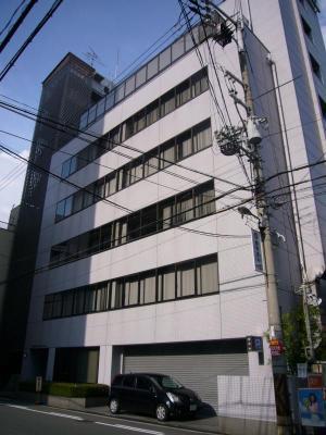 大阪市西区京町堀の貸事務所