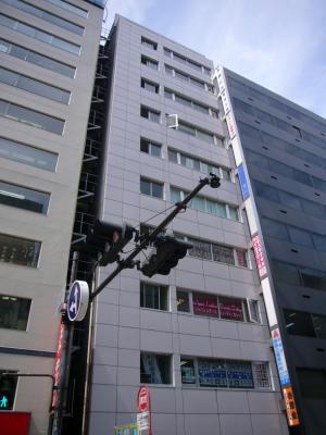 大阪市北区芝田の貸事務所