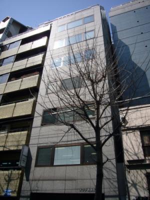 大阪市中央区南新町の貸事務所