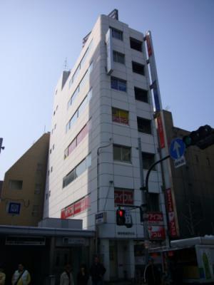 大阪市北区南森町の貸事務所