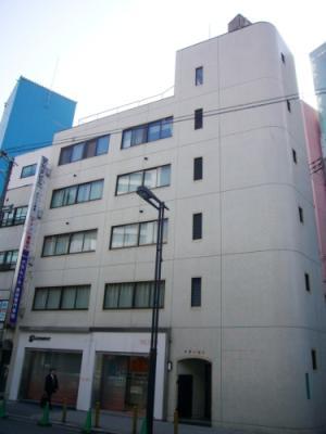 大阪市浪速区難波中の貸事務所