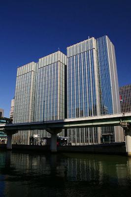 大阪市北区堂島浜の貸事務所
