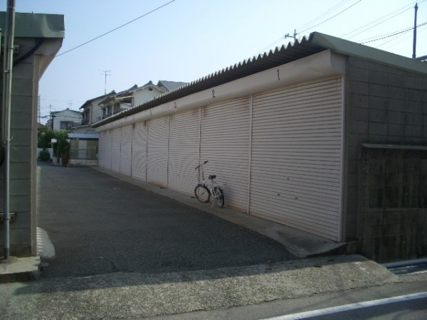 尼崎市立花町の貸事務所