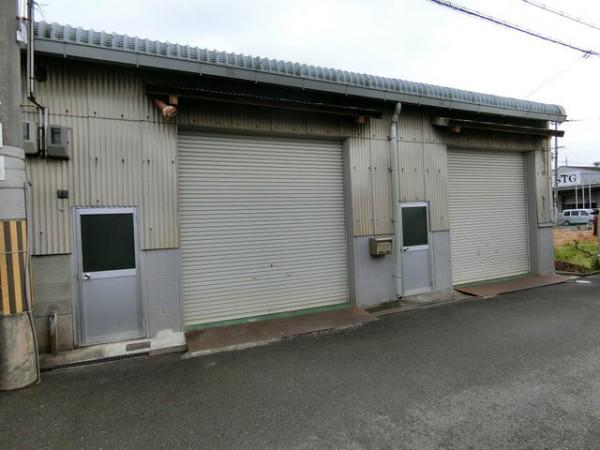 八尾市山賀町の貸事務所